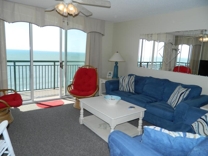Beautiful living room furniture - Upscale 3 Br 3 Ba,Oceanfront- 3 Pools - North Myrtle Beach - rentals