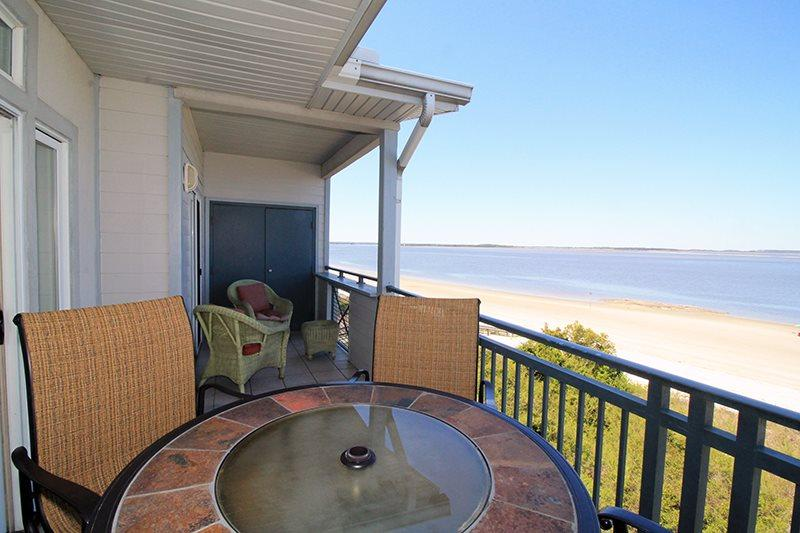 Savannah Beach & Racquet Club Condos - Unit C307 - Water Front - Swimming Pool - Tennis - FREE Wi-Fi - Image 1 - Tybee Island - rentals