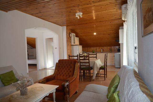 Spacious apartment Moonlight for 6 people in Marina - Image 1 - Marina - rentals