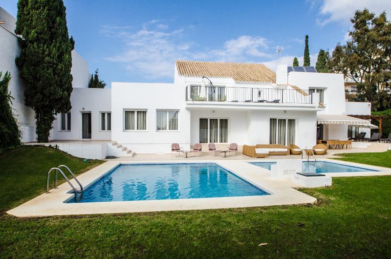 Villa Sala 20 - Image 1 - Marbella - rentals