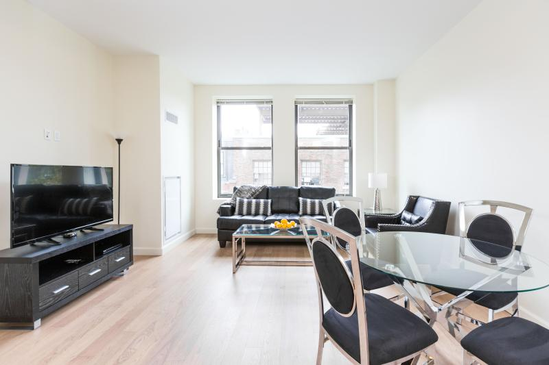 2 Bedroom Suite in Boston Harbor View - Image 1 - Boston - rentals
