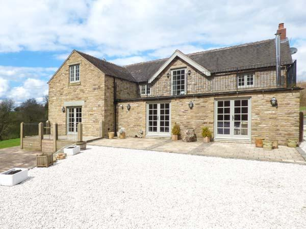 GORSTHEAD MILL FARM, luxury property, woodburning stove, separate annexe, Leek, Ref 930094 - Image 1 - Leek - rentals