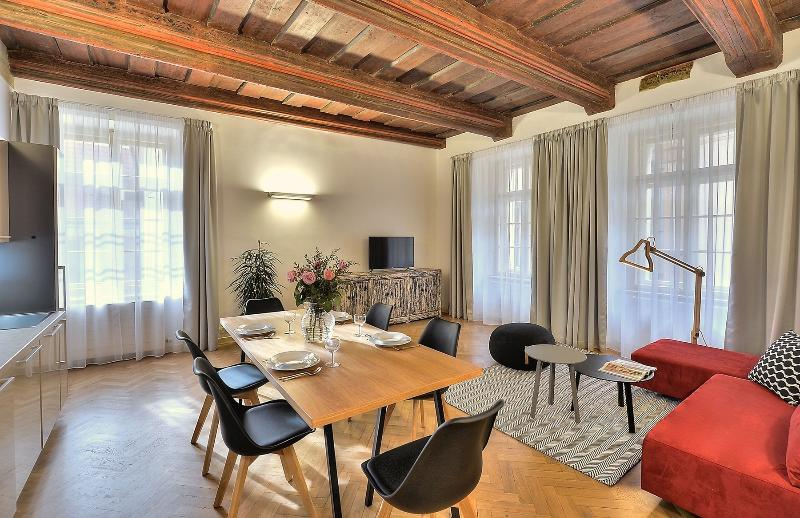 One-Bedroom Chateau Apartment - One-Bedroom Chateau Apartment - Prague - rentals