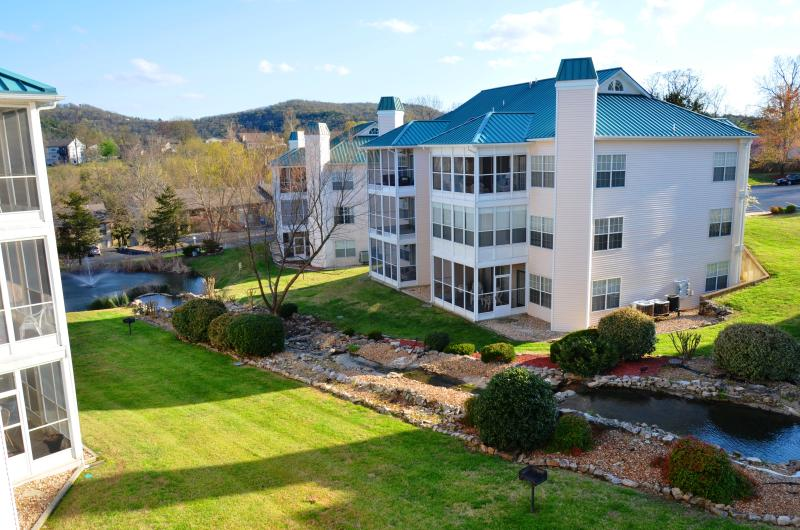 incredible location and view go to our site of rentbranson. hen those 3 letters - Great Location Completely Updated 2 Bdrm Upscale - Branson - rentals