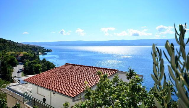 View - SEA VIEW APARTMENT FOR RENT, OMIS - Omis - rentals