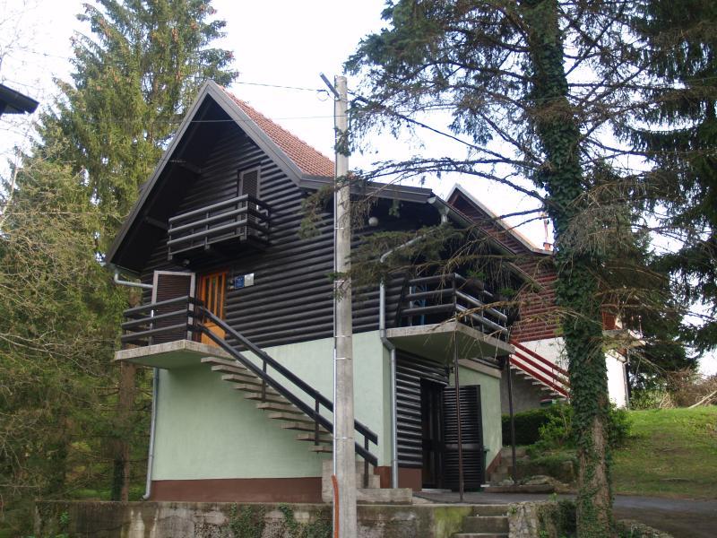 House Bruno - outside - House Bruno + Dental Services - Vrbovsko - rentals