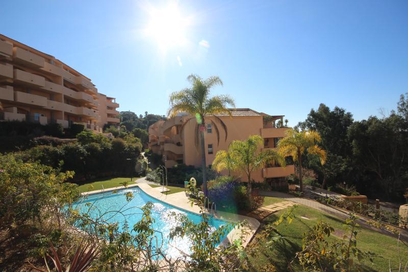 2 bed apartment, Santa Maria Green Hills (1666) - Image 1 - Marbella - rentals