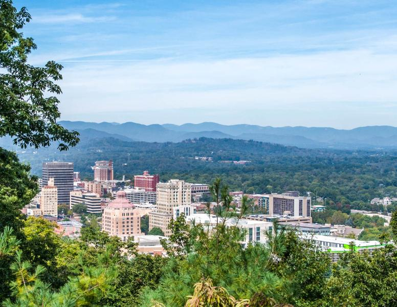 Best Views in Wnc/Hot Tub/Sauna/No Neighbors - Image 1 - Asheville - rentals