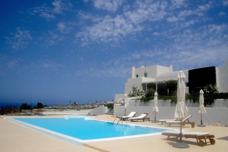 Villa Absolis - Image 1 - Santorini - rentals
