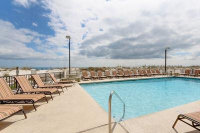 Upgraded Corner Condo, In&Out Pool, Hot Tub - Image 1 - Gulf Shores - rentals