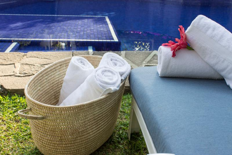 Toallas incluidas/ Pool towels included. - Villa Xochimilco w/ Tropical Gardens, Pool & Locat - Cuernavaca - rentals