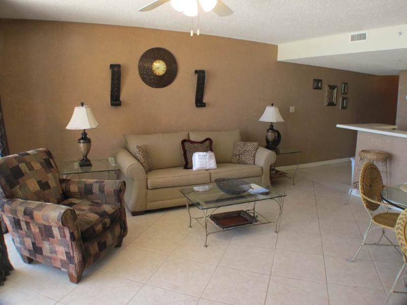 Pelican Beach Resort 0209 - Image 1 - Destin - rentals