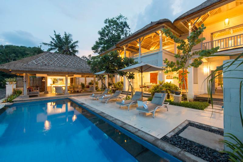 Coral Villa, Celagi Bay - Image 1 - Nusa Lembongan - rentals