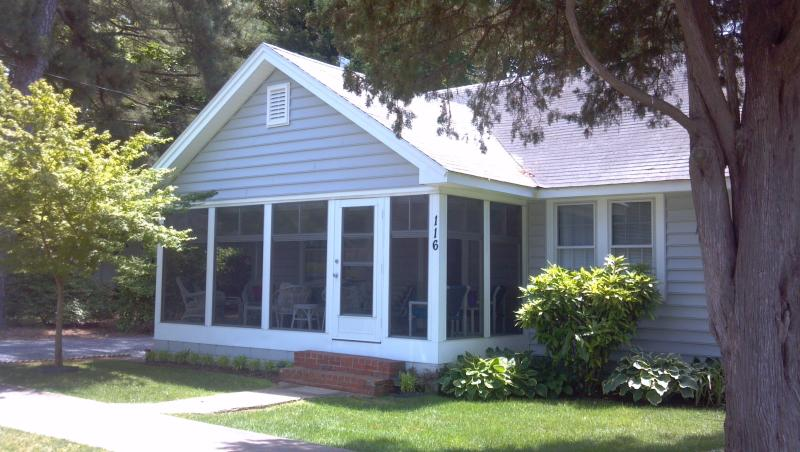 exterior - Great Value 1 & half blocks to Beach close to town - Rehoboth Beach - rentals