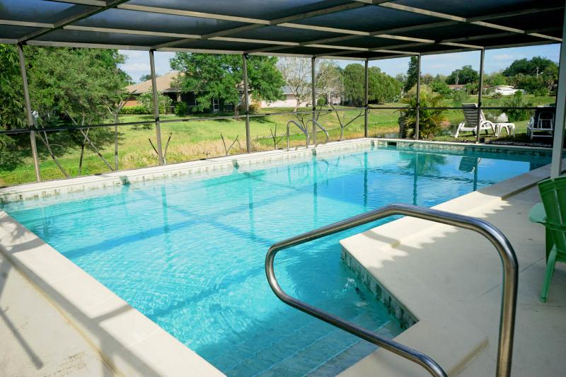Canal Pool Home - 15 mins from Siesta Key Beach - Image 1 - Sarasota - rentals
