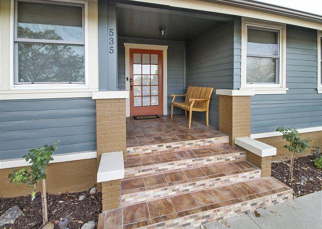 Updated Craftsman on Oak St. Downtown Paso Robles - Image 1 - Paso Robles - rentals
