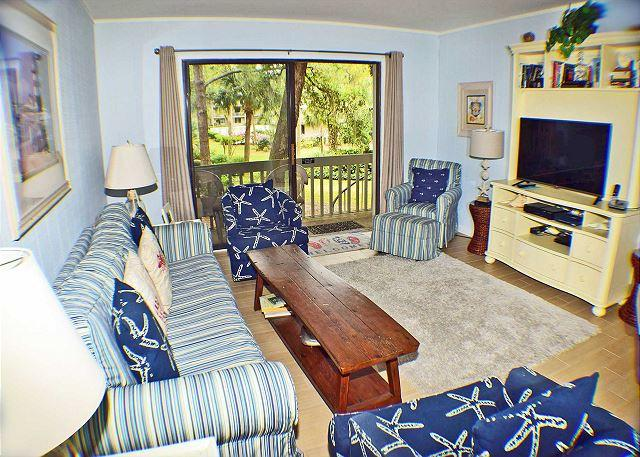 Surf Court 15 Living Room - Surf Court 15 - Beautiful Townhouse - 1 block to the Beach - Hilton Head - rentals