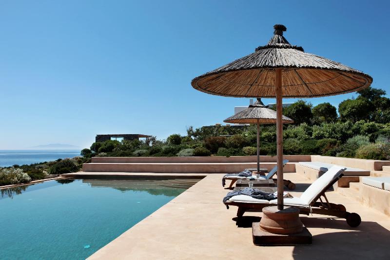 Antiparos - Gv Oleander Seafront Pool Villa  - an enchanting 5 bedrooms - Image 1 - Antiparos - rentals