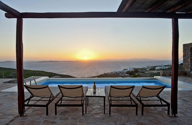 Greek Villa - Mykonos - Wonderful Fanari VIlla - Image 1 - Mykonos - rentals
