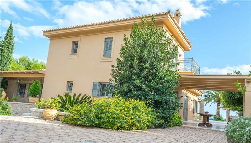Porto Heli  -Gv - Seafront Paradise Villa  with pool on the seafront - Image 1 - Kosta - rentals