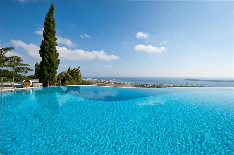Paros Gv Golden Beach Villa with  fabulous Infinity Pool  and Stunning Seaviews - Image 1 - Paros - rentals