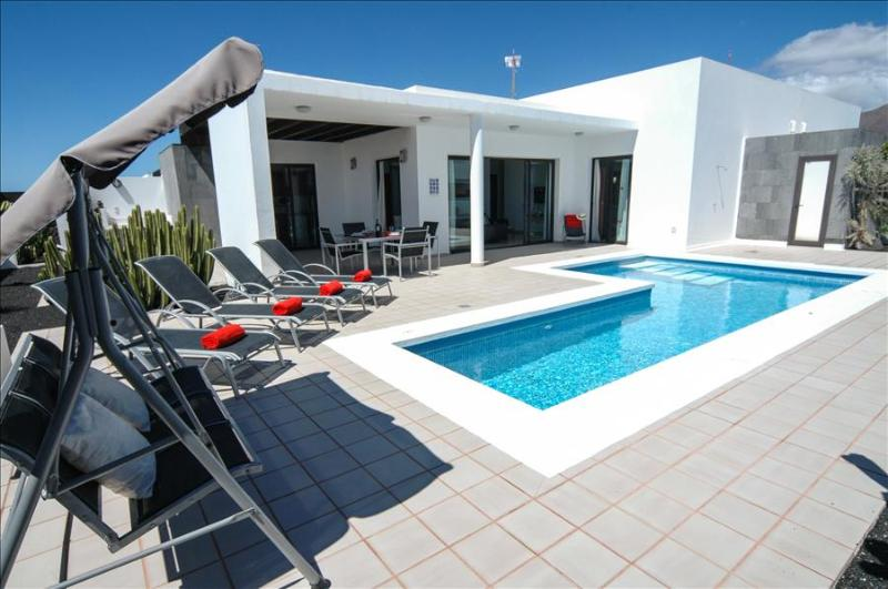 Villa LVC219283 - Image 1 - Playa Blanca - rentals
