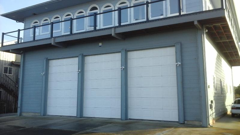 4BR Luxury Home--Grt. Views, Elevator, RV pkg - Image 1 - Bandon - rentals