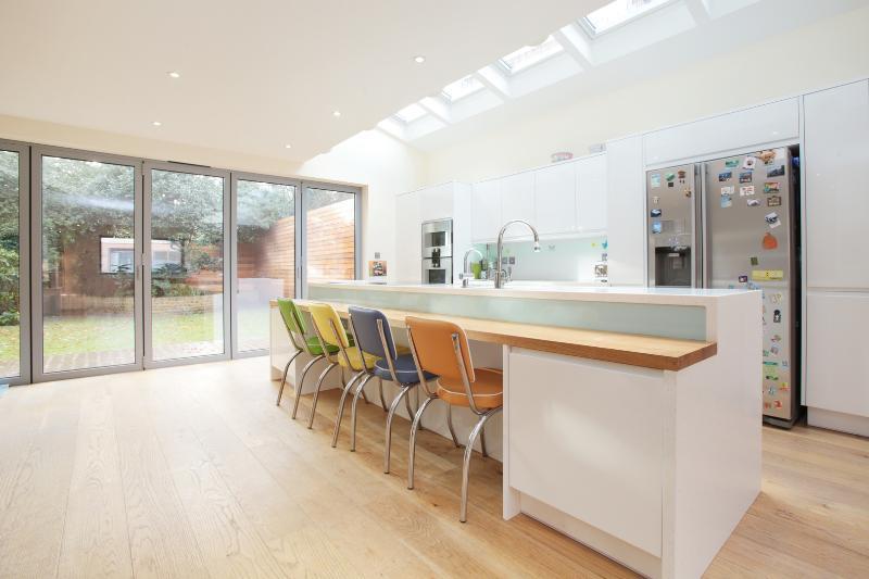 Beautiful family home on Beltane Drive, Wimbledon - Image 1 - London - rentals