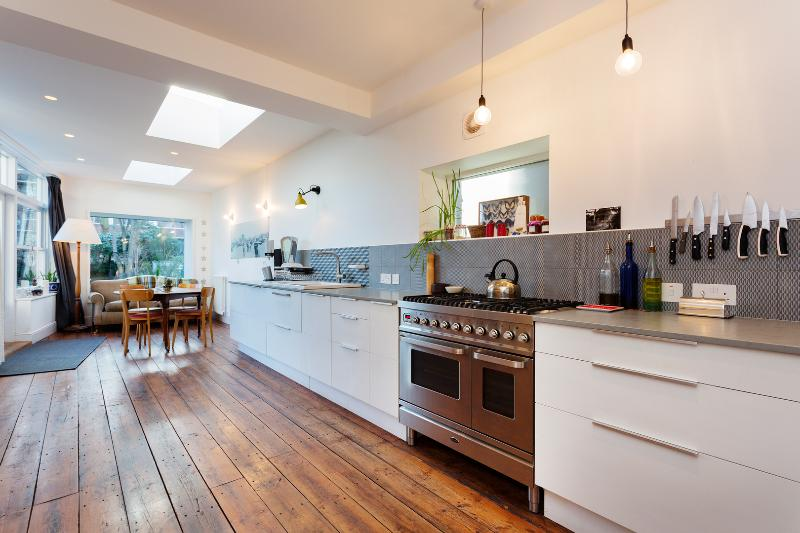 4 bed house with garden, Mercers Road, Tufnell Park - Image 1 - London - rentals
