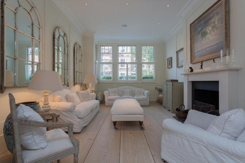 Palatial Seven Bed Family Home near Clapham Common, Cautley Ave - Image 1 - London - rentals