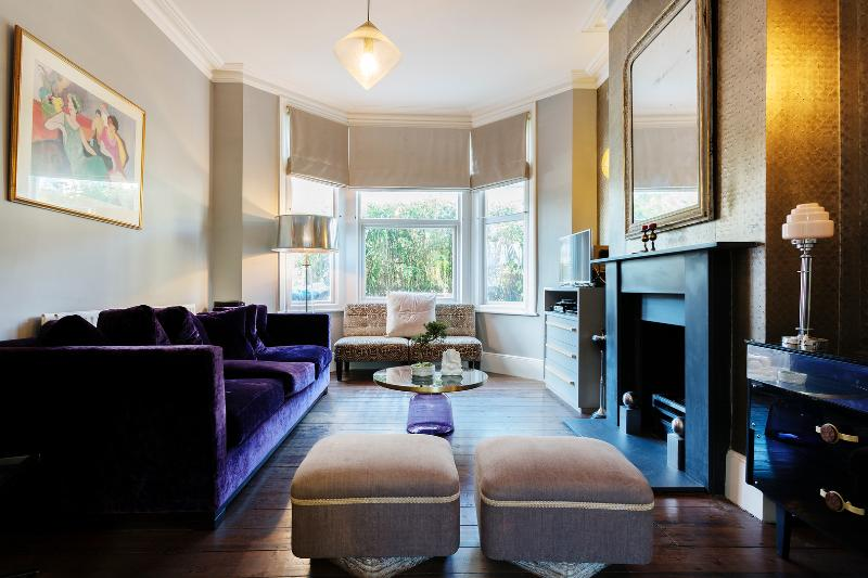 Interior designed home in trendy Queens Park, Mortimer Road - Image 1 - London - rentals