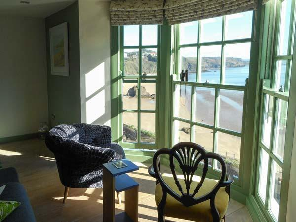 NORTH BEACH HOUSE, quality apartment with beach views, WiFi, amenities on doorstep, Tenby Ref 917916 - Image 1 - Tenby - rentals