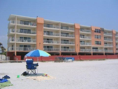 Our building is right on the white sandy beach - My Indian Shores Family Resort Beach Condo Rental - Indian Shores - rentals