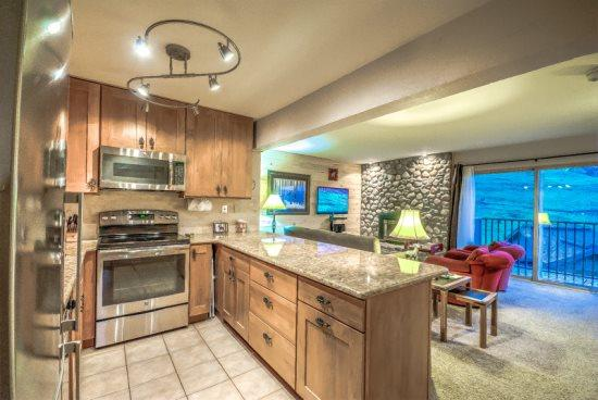 Fully Remodeled Kitchen With Granite Countertops and Stainless Steel Apliances - Storm Meadows 445 - Steamboat Springs - rentals