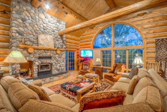 Links and Logs Chalet - Image 1 - Steamboat Springs - rentals
