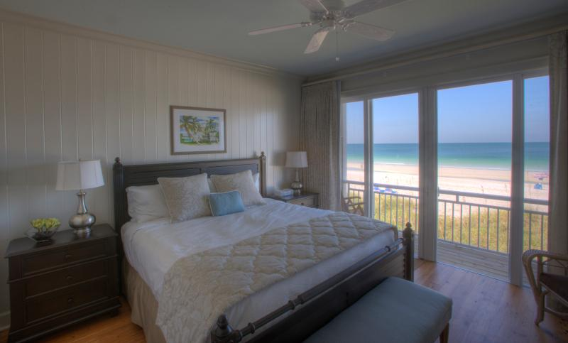 2-BR Luxury Beachfront Condo on Anna Maria Island - Image 1 - Holmes Beach - rentals
