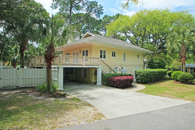 Seahorse- *Upstairs Only - Image 1 - Hilton Head - rentals