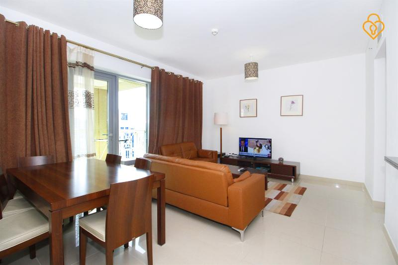 living/dining area - Downtown Dubai One bed 29th Blvrd view 2602 - Dubai - rentals