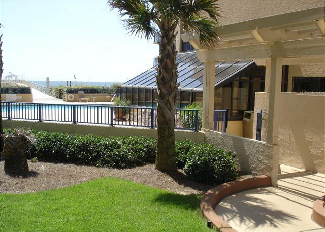 Entrance to pool area - 3 Bedroom 3 bath large beachfront unit - Orange Beach - rentals