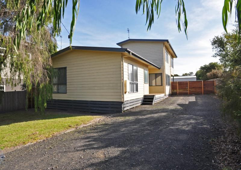 RIDGE END - Image 1 - Inverloch - rentals