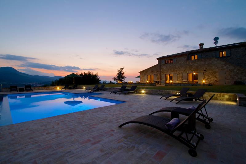 Luxury villa with private pool - Luxury Villa with infinity pool and mountain views - Moscosi - rentals