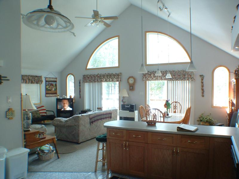 Sebago Lake waterfront Open Concept 4BR Cottage - Image 1 - Naples - rentals