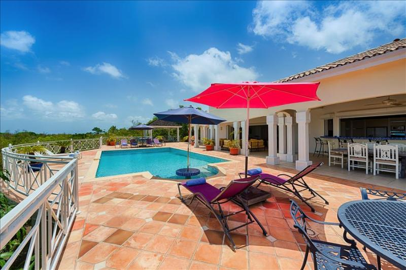 Spacious and ideally Villa located within minutes of the Beach - Image 1 - Terres Basses - rentals