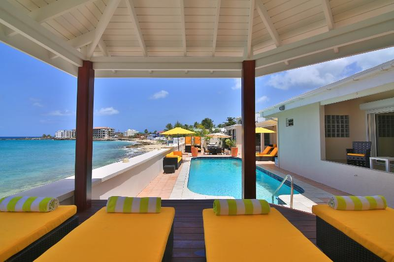 Beautiful beachfront 5 bedroom villa - Image 1 - Saint Martin-Sint Maarten - rentals