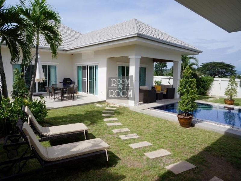 Villas for rent in Hua Hin: V6168 - Image 1 - Hua Hin - rentals