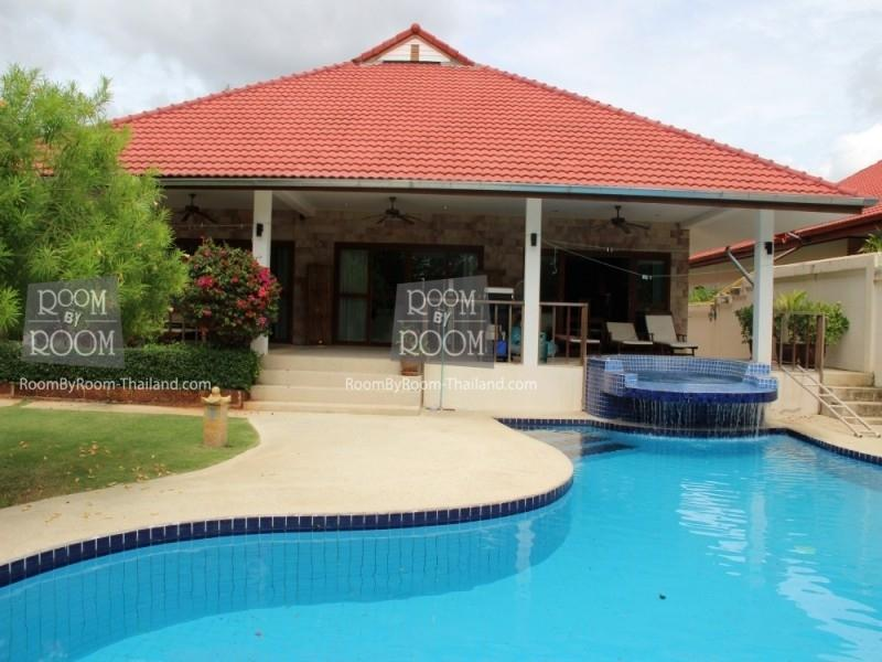 Villas for rent in Hua Hin: V5399 - Image 1 - Hua Hin - rentals