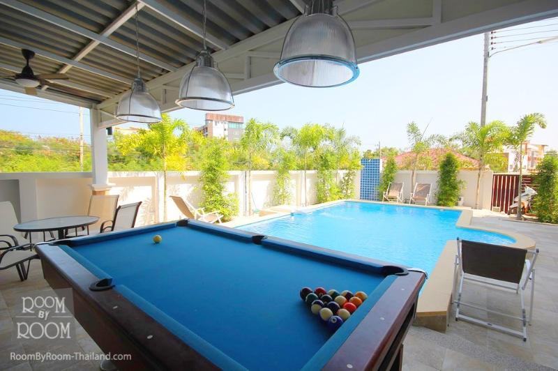 Villas for rent in Hua Hin: V6186 - Image 1 - Hua Hin - rentals