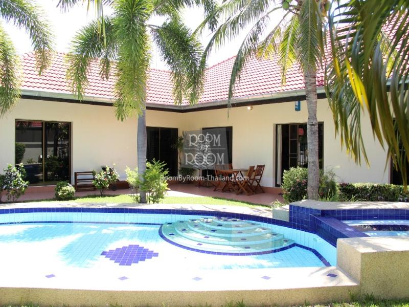 Villas for rent in Hua Hin: V5014 - Image 1 - Hua Hin - rentals