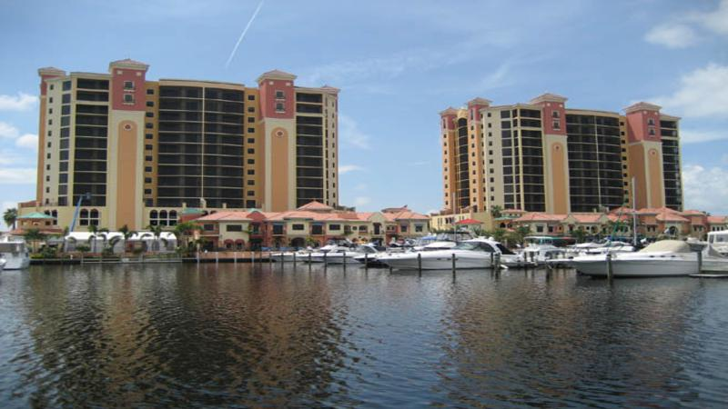 Luxury 7th Floor 2BD / 2BA in Cape Harbour - Image 1 - Cape Coral - rentals