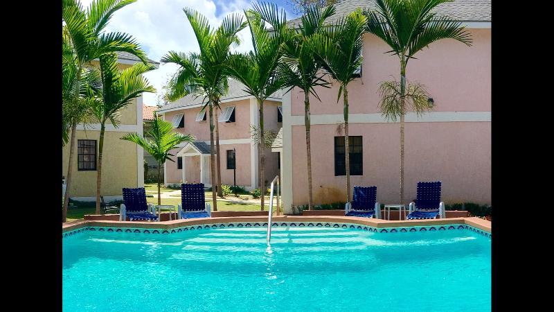 Pongo Villas at Junebay - Image 1 - Nassau - rentals